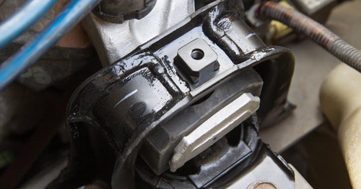 Ferrari Engine Mount Check